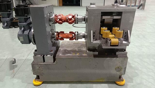 方形超导导体缩径机
